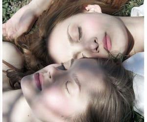 lesbianas image