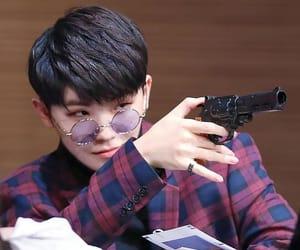 k-pop, lee jihoon, and 세븐틴 image