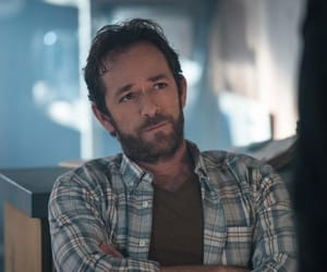 actor, luke perry, and riverdale image