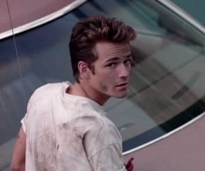 luke perry and dylan mckay image