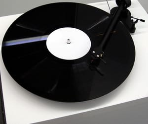 music, black, and grunge image
