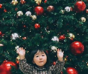 christmas, gifts, and tistheseason image