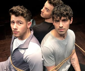 Joe Jonas, jonas brothers, and kevin jonas image