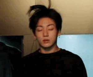 gif, sexy, and korean boy image