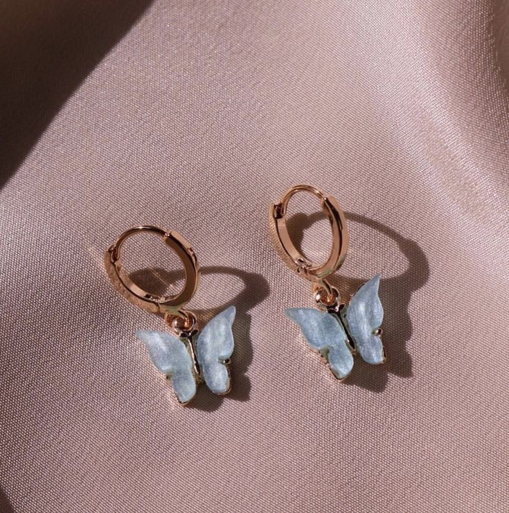 earrings, butterfly, and aesthetic image