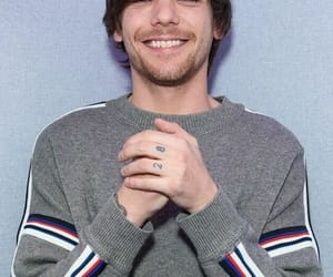 hq, smile, and louis tomlinson image