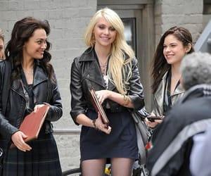gossip girl, jenny humphrey, and little J image