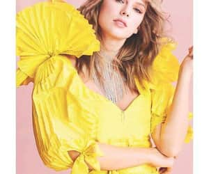 Taylor Swift, vogue, and yellow image