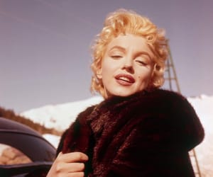beauty, Marilyn Monroe, and old hollywood image