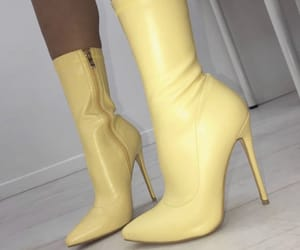 heels and pinterest image