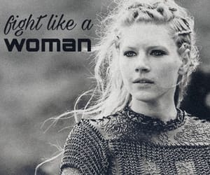 fight, vikings, and lagertha image