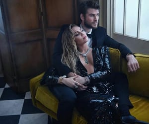 miley cyrus, liam hemsworth, and oscar image