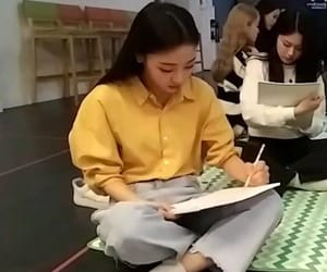 asian, loona, and girls image