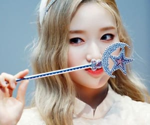 kpop, gowon, and park chaewon image