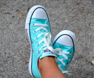 bule, converse, and girl image