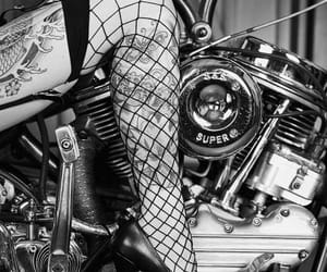black and white, rockabilly, and woman image