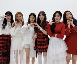 gidle, kpop, and minnie image