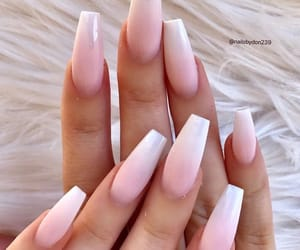 nails, 💅, and 🏻 image