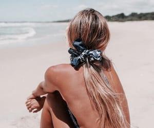 beach, girls, and boquinha image