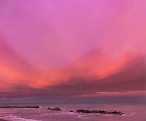 ocean, pink, and sky image