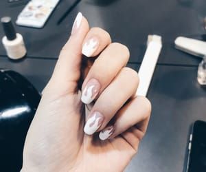gorgeous and nail image