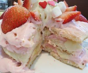 http://petitcho.tumblr.com/post/137109622204/いちごミルクパンケーキ-moena-cafe