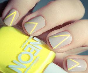 nails and pshiiit.com image