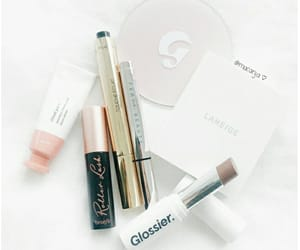 aesthetic, glossier, and benefit image