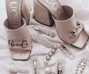 gucci, hair clips, and pearls image
