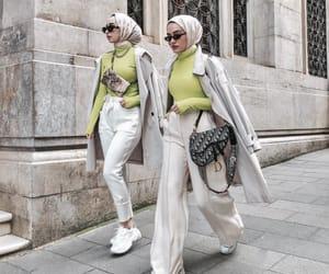 chic, hijab, and müslimah image