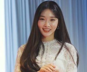 kpop, kim chungha, and chungha image