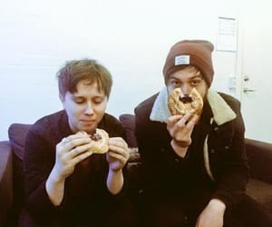 eating, nothing but thieves, and nbt image