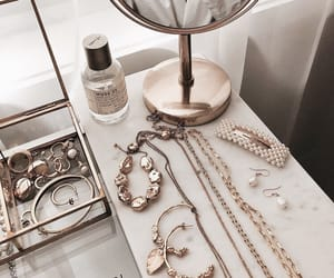 fashion, gold, and jewellery image