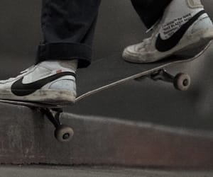 grunge and skateboard image