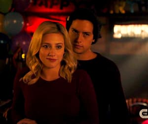 gif, betty cooper, and cute image