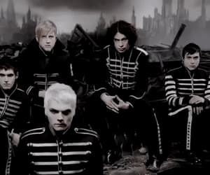 gif, my chemical romance, and the black parade image