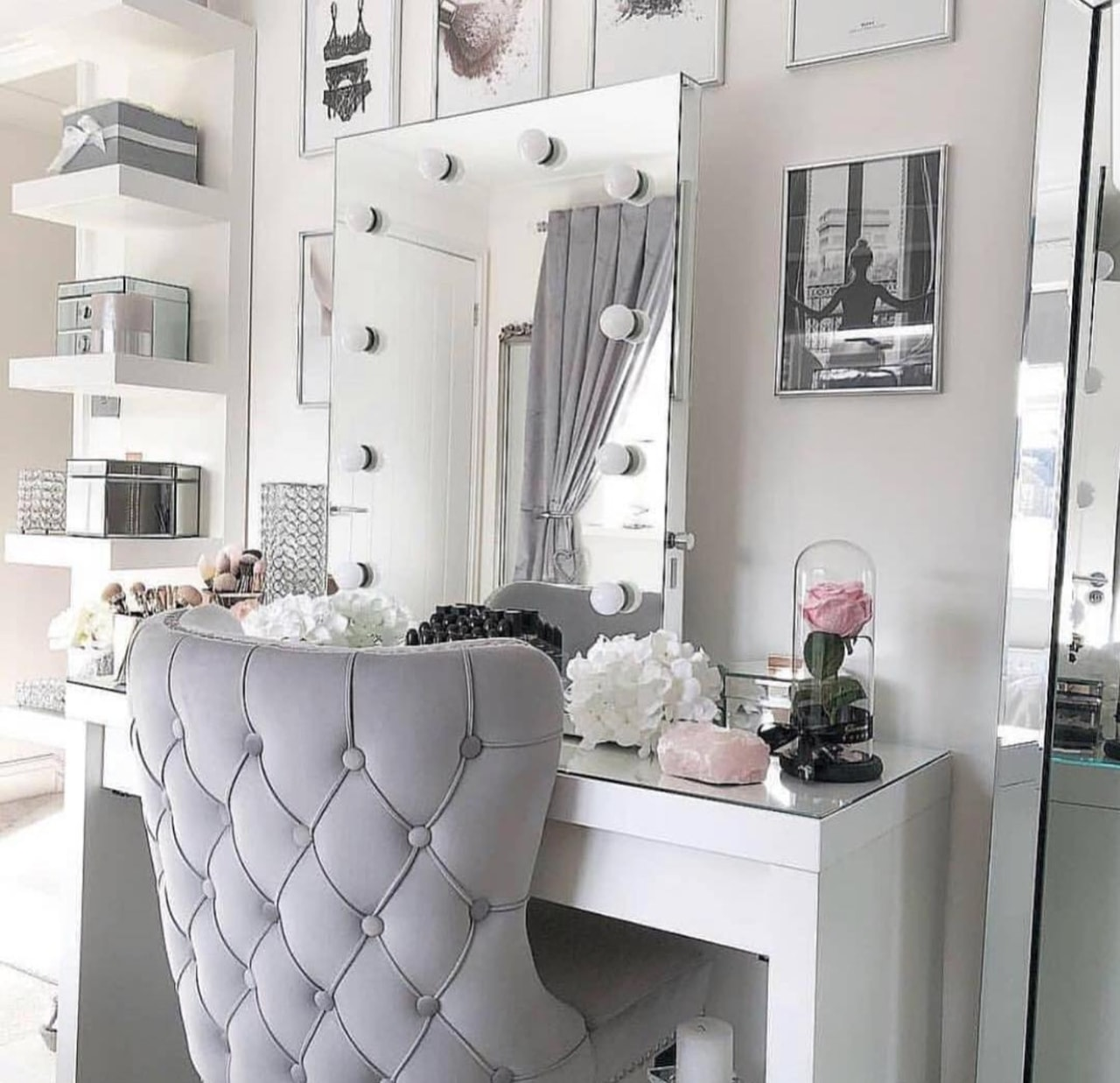 Image About Style In Vanity Desk Organization By Soda Baking