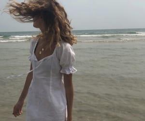 beach, dainty, and jewlery image