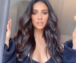 beautiful, shay mitchell, and girl image
