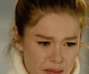 crying, turkish series, and burcu biricik image