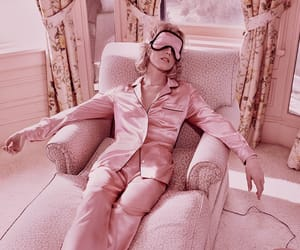 pink and relax image