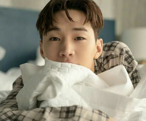 Henry Lau and kpop image