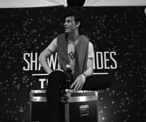 hq, shawn mendes, and shawnmendes image