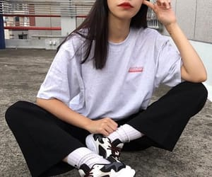 aesthetic, asian, and outfit image