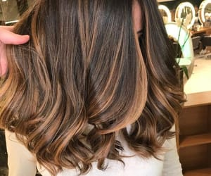brown, cabello, and hair image