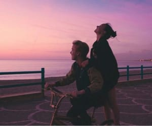 couple, sky, and sunset image