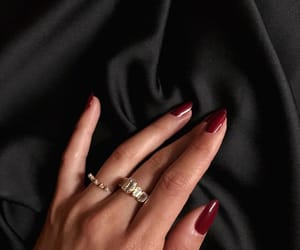 nails, gold, and jewellery image