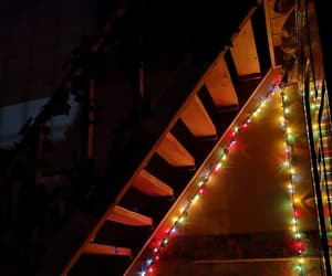 decoracion, luces, and escalera image