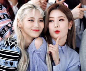 jinsoul, kim lip, and loona image
