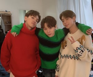bc, green, and idol image